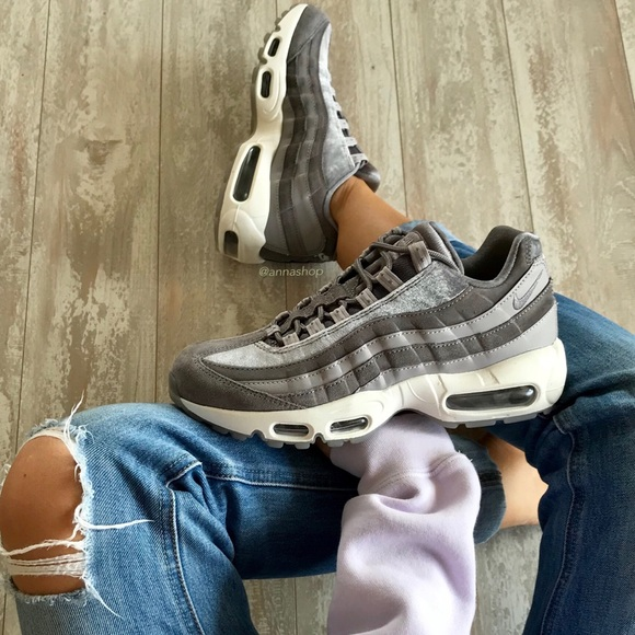 b42c34892926 Nike Shoes | Nwt Air Max 95 Lx Velvet | Poshmark